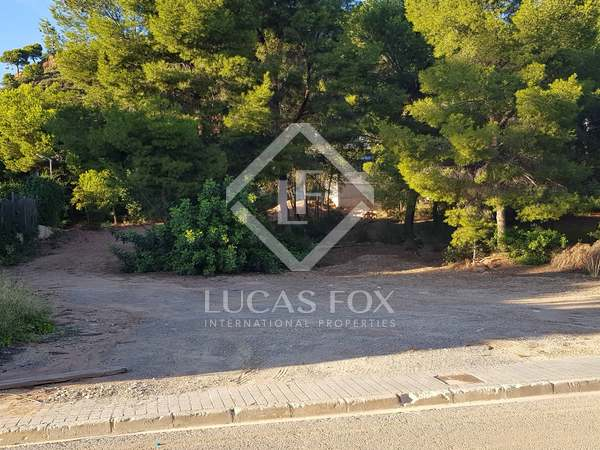 1,187m² Plot for sale in Los Monasterios, Valencia