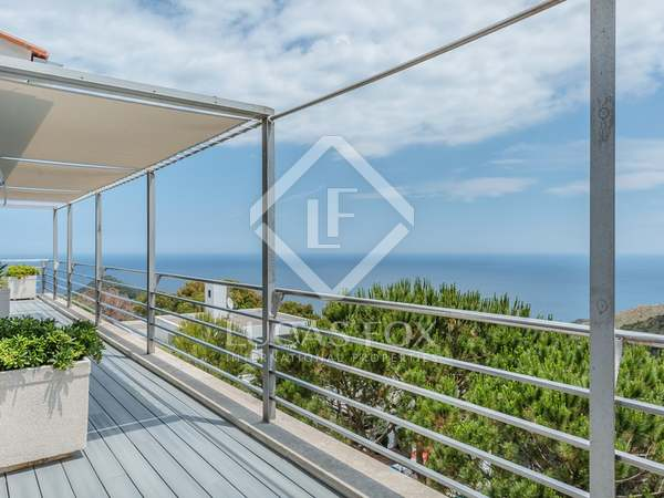 Modern style Costa Brava property for sale next to Begur