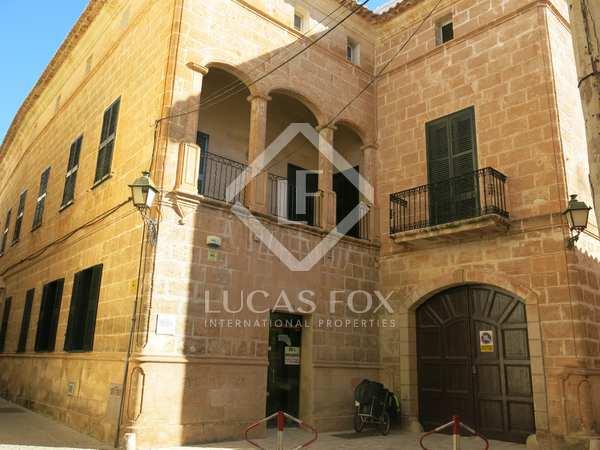 Kasteel / Paleis van 1,877m² te koop in Ciudadela, Menorca