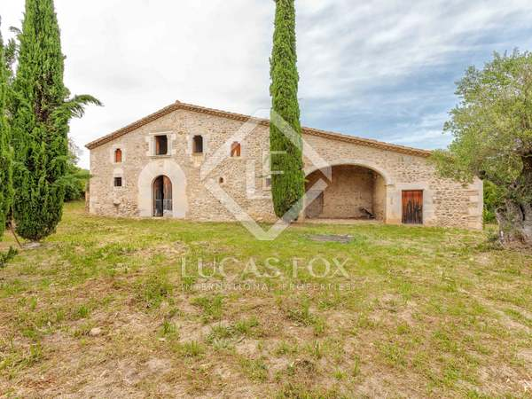 600m² Country house for sale in El Gironés, Girona