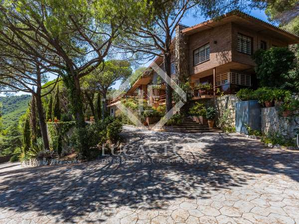 Casa / Villa de 305m² en venta en Cabrera de Mar, Barcelona