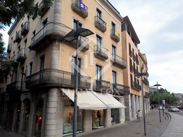 199m² apartment for sale in Girona