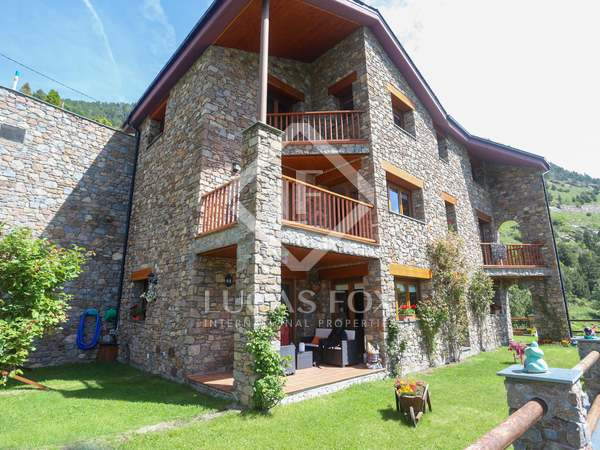 593m² House / Villa for sale in Grandvalira Ski area