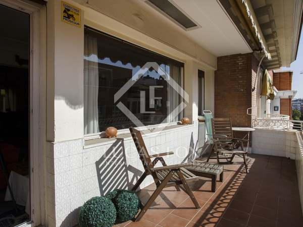 325m² Apartment for sale in Almagro, Madrid