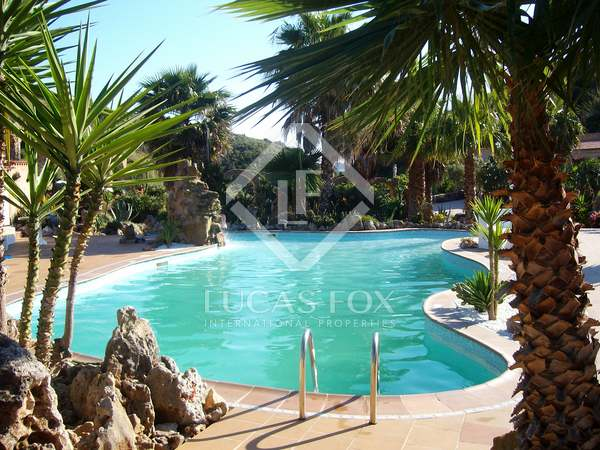 Загородный дом 627m² на продажу в Менорка, Испания