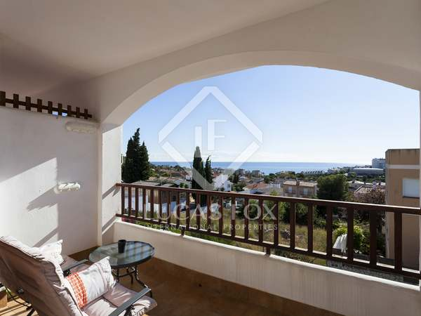 185 m² house for sale in Levantina, Sitges