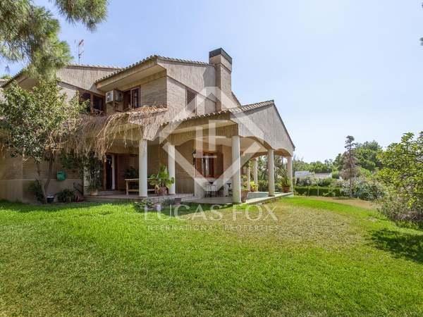 Villa de 571 m² en alquiler en Los Monasterios