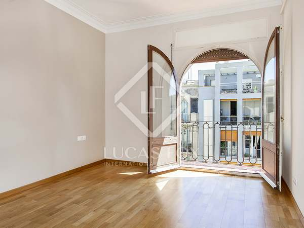 Superb 3-bedroom apartment to rent on Calle Bruc, Eixample