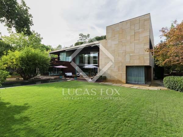 Casa / Vil·la de 901m² en venda a Aravaca, Madrid