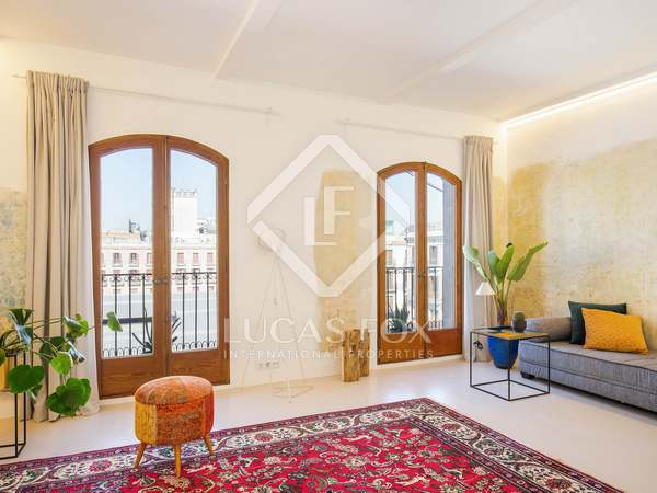 55m² Apartment for sale in El Raval, Barcelona