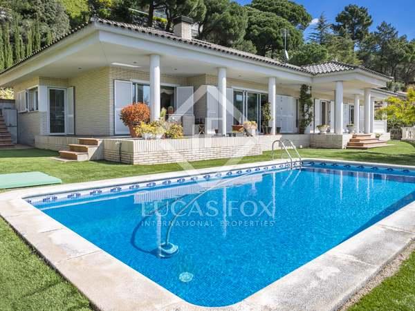 Villa de 430m² en venta en Cabrils, Maresme