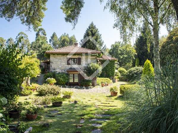 790m² House / Villa for sale in Pontevedra, Galicia
