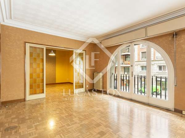 Apartment with terrace for sale in Sant Gervasi - Galvany