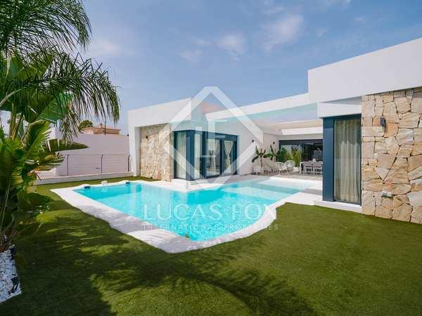 338m² House / Villa for sale in Dénia, Costa Blanca