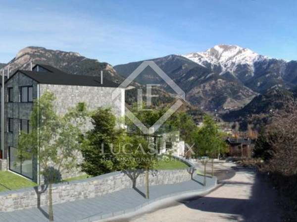 New modern townhouses for sale in Andorra. La Massana area