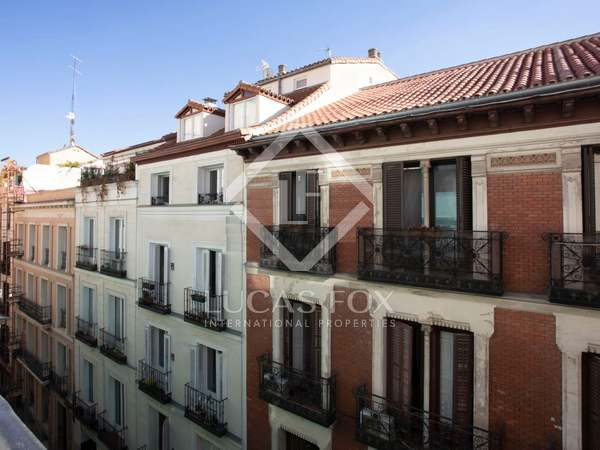 170m² Apartment for sale in Cortes / Huertas, Madrid