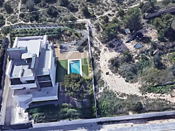 806m² Plot for sale in Playa San Juan, Alicante