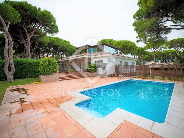 487 m² house with 450 m² garden for sale in Castelldefels