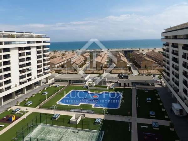 Ático con terraza y vistas al mar en venta en La Patacona