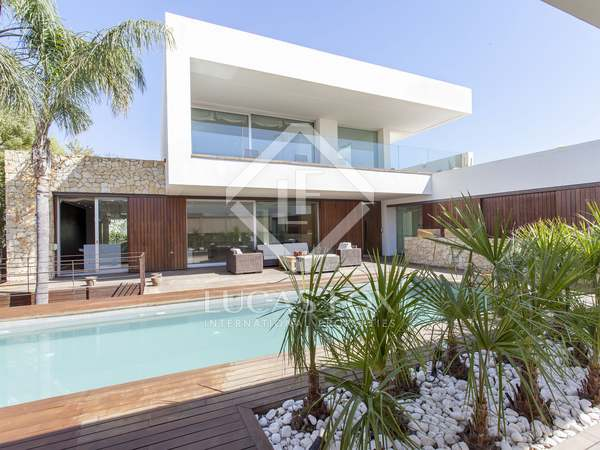 Huis / Villa van 750m² te huur in Godella / Rocafort