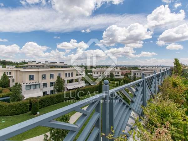 Piso de 190m² con 100m² terraza en venta en Aravaca, Madrid