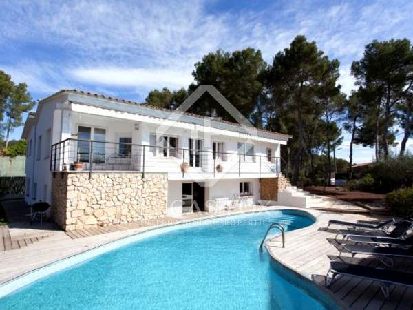 Large villa for sale in the Sitges hills, Las Colinas