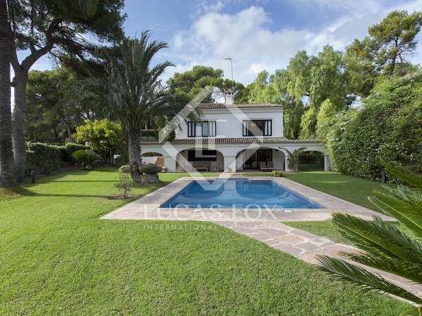 500m² House / Villa for sale in Godella / Rocafort