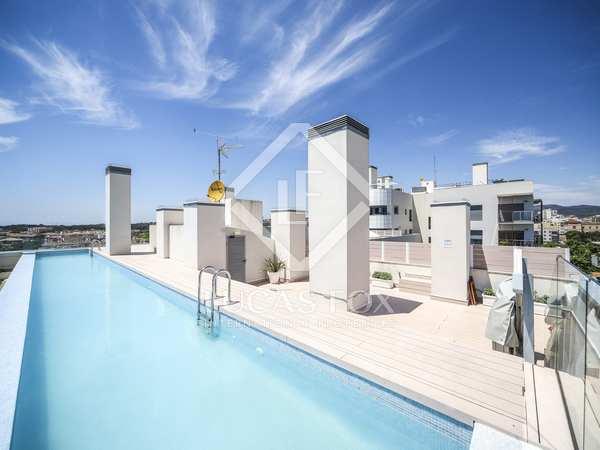 117m² Penthouse with 50m² terrace for sale in Vilanova i la Geltrú