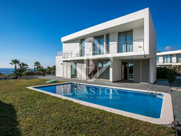 287m² House / Villa for sale in Arenys de Mar, Maresme