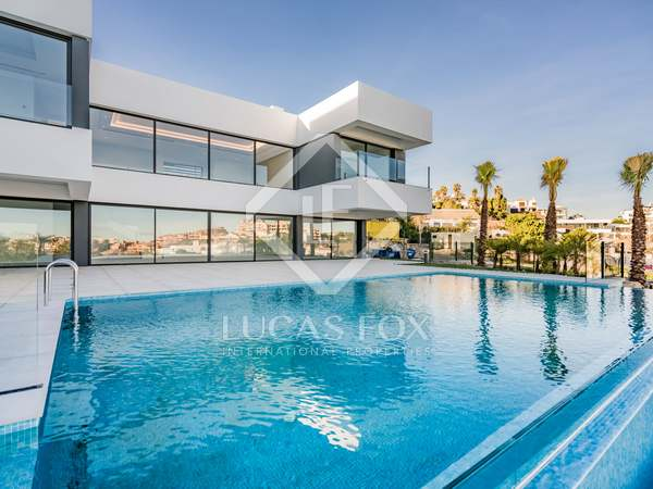 510m² House / Villa with 52m² terrace for sale in Benahavís