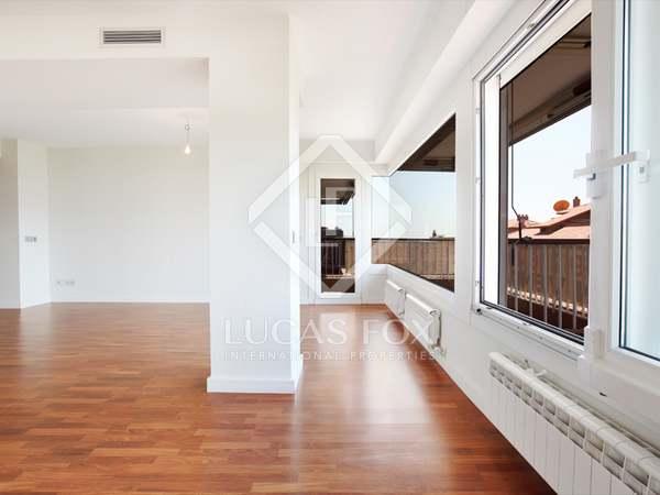 Ático dúplex con terraza enorme en venta en Tres Torres