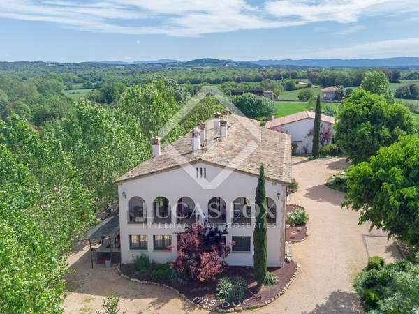 1,028m² Hotel for sale in La Selva, Girona