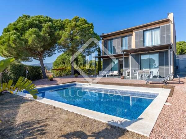 276m² House / Villa with 770m² garden for sale in Sant Vicenç de Montalt