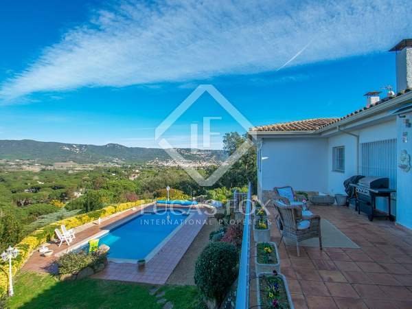 286m² House / Villa with 25m² terrace for sale in Sant Feliu de Guíxols - Punta Brava