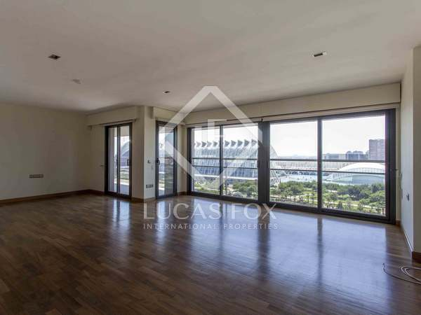 273m² Apartment for rent in Ciudad de las Ciencias