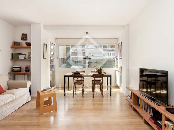 77m² Apartment with 6m² terrace for sale in Sarrià