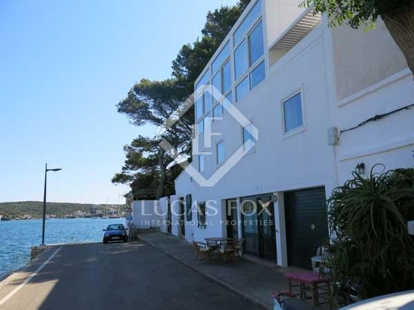 Villa de 300m² en venta en Puerto de Mahón