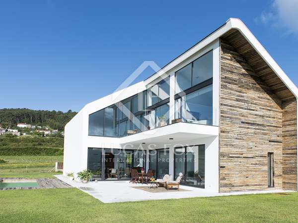 260m² House / Villa for rent in Pontevedra, Galicia