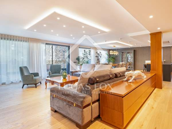295m² Lägenhet med 100m² terrass till uthyrning i Grandvalira Skidort