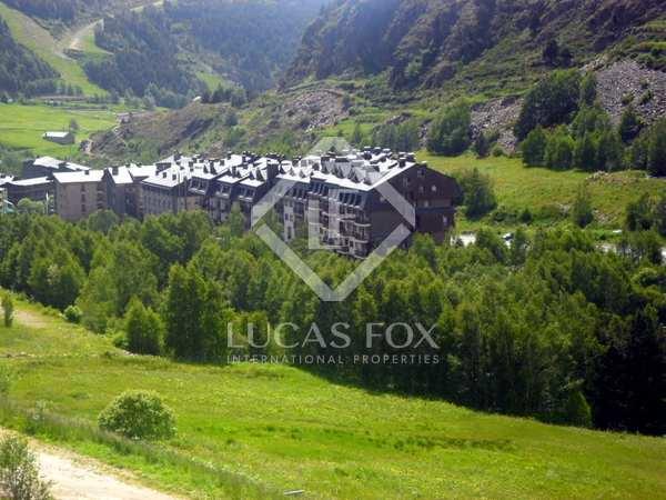 Comfortable ski apartment for sale in Andorra