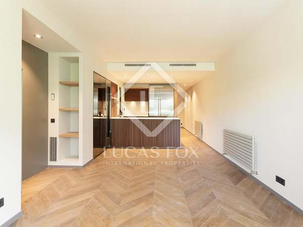 82m² Apartment for sale in Eixample Left, Barcelona