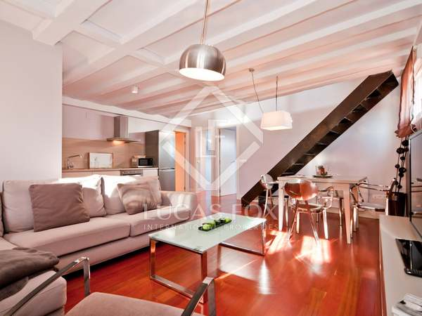 Renovated 90 m² apartment for rent in Cortes / Huertas, Madrid