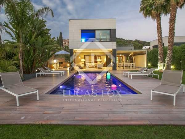 Huis / Villa van 465m² te koop in Sant Vicenç de Montalt