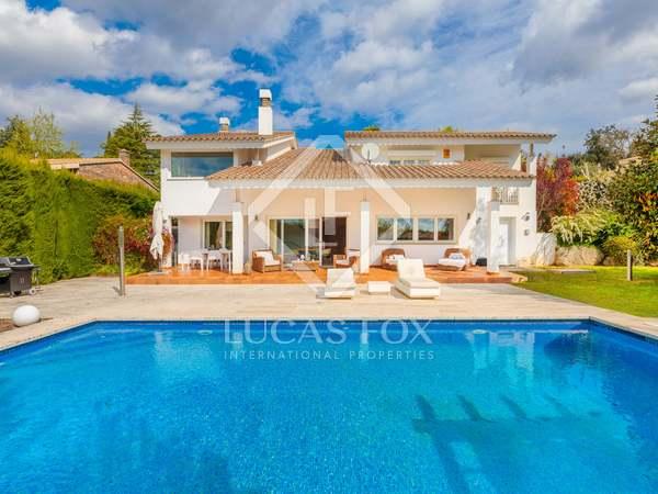 Huis / Villa van 380m² te koop in Palau, Girona