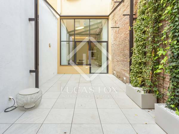 110 m² apartment with 50 m² terrace for sale in Sants