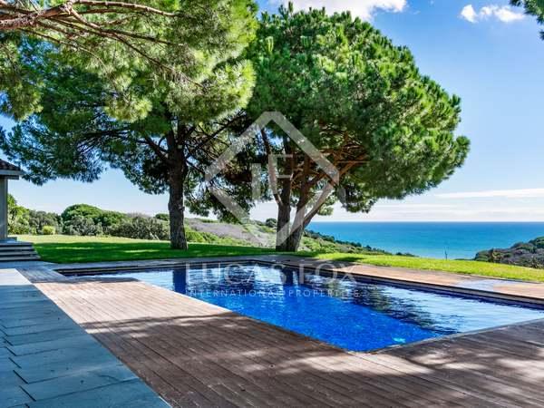 600m² House / Villa for sale in Arenys de Mar, Barcelona