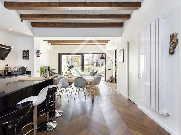 91m² Apartment with 43m² terrace for rent in Gràcia