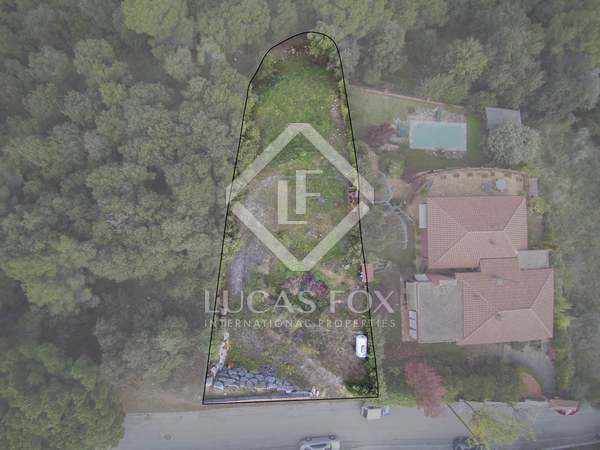 650 m² plot for sale in Alella, Maresme