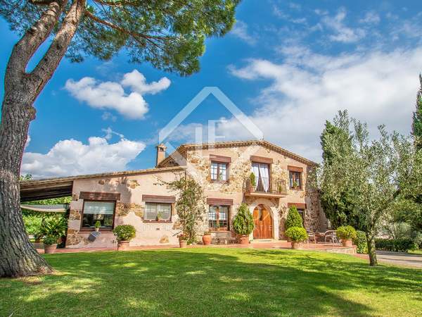 429m² House / Villa with 6,300m² garden for sale in Sant Feliu de Guíxols - Punta Brava