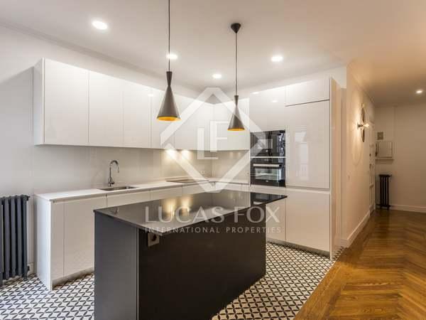 82 m² apartment for rent in Cortes / Huertas, Madrid